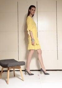 Di Caprio viskozna haljina s preklopom i volanima - žuta | Varteks